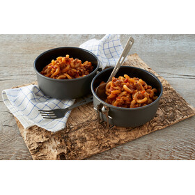 Trek'n Eat Outdoor Meal Meat 160g Spicy Beef Casserole with Noodles